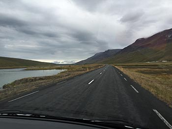 western-iceland-driving-north-to-akureyri_350